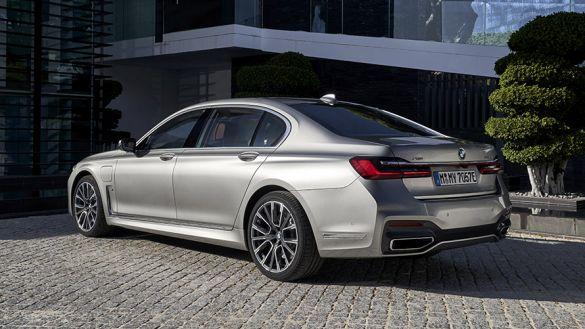 BMW Série 7 Limousine Hybride Rechargeable