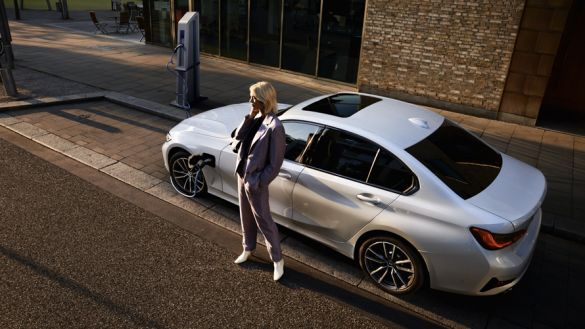 BMW Série 3 Berline Hybride Rechargeable